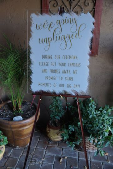 Large unplugged Sign