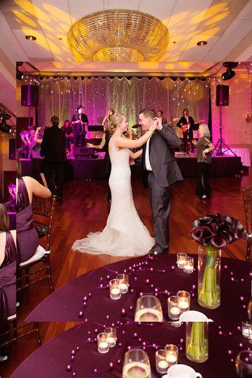 Couple dancinkg