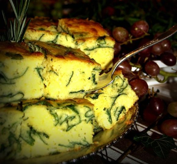 Spinach-Asiago cheese bread