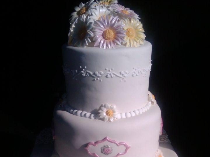 Tmx 1374459554541 Daisy New Castle wedding cake