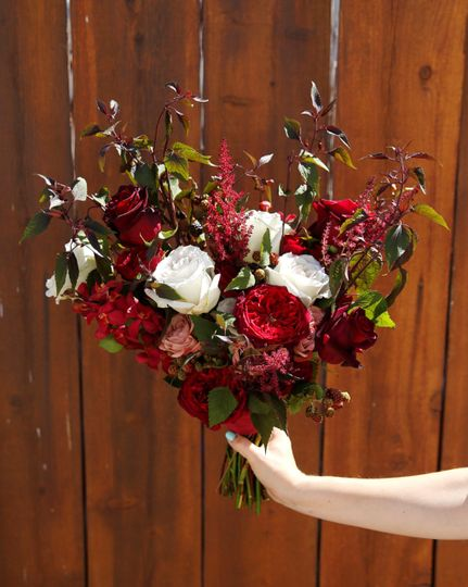 Traditional burgundy bouquet