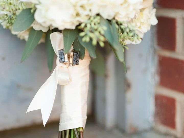 Tmx 1363367980690 10.12.12WeddingPhotosfromA.J.DunlapPhotography10 Raleigh, North Carolina wedding florist