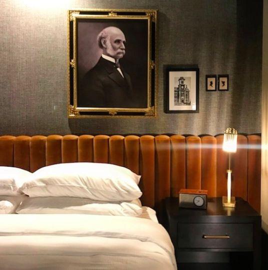 Cyrus Hotel