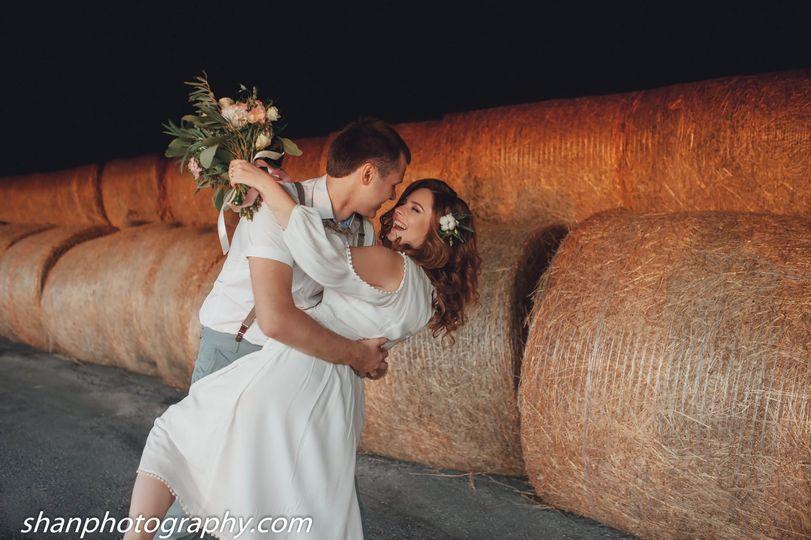 Barn Couple shoot