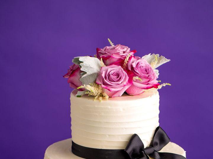 Tmx 1515858440 1b970ce5d9ab2cba Processed Freds 67 Amherst wedding cake