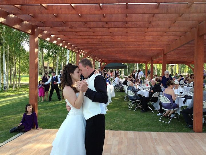 Breath-taking First Dance - Settler's Bay Golf Course at The Albatross