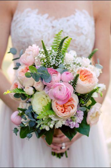 petals a florist flowers atlanta ga weddingwire. Black Bedroom Furniture Sets. Home Design Ideas