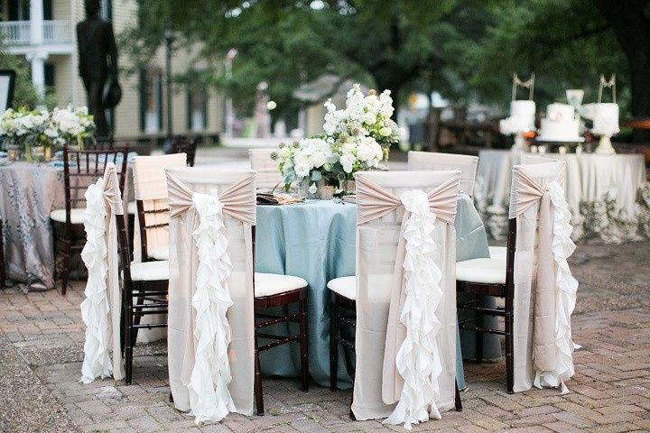 Dainty table setup