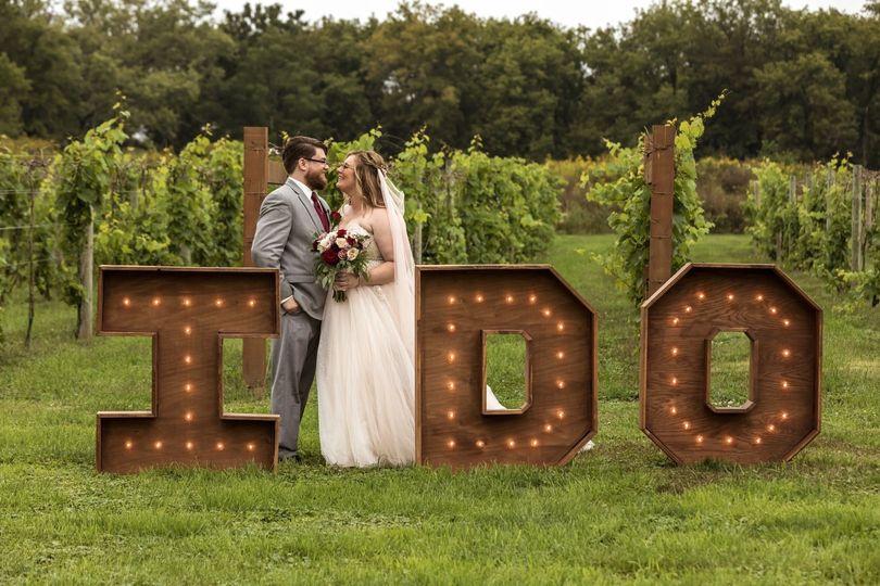 """I do"" sign"