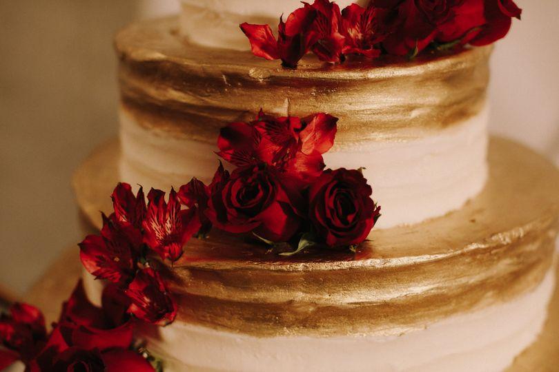 Simple glam cake design