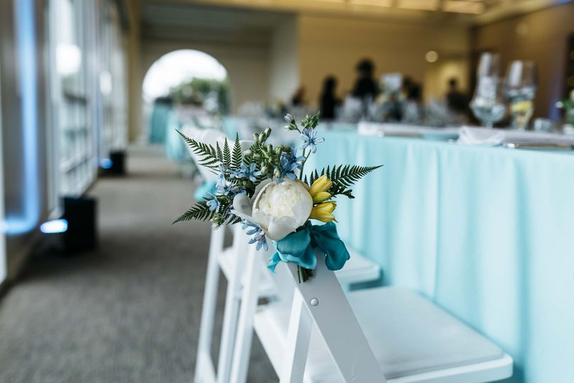 Blue floral reception decor