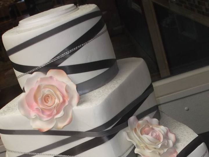 Tmx 1460730285503 Wedding Gray Tampa, FL wedding cake