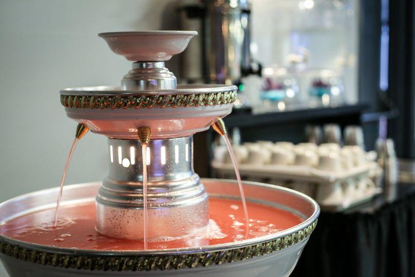 Juice fountain