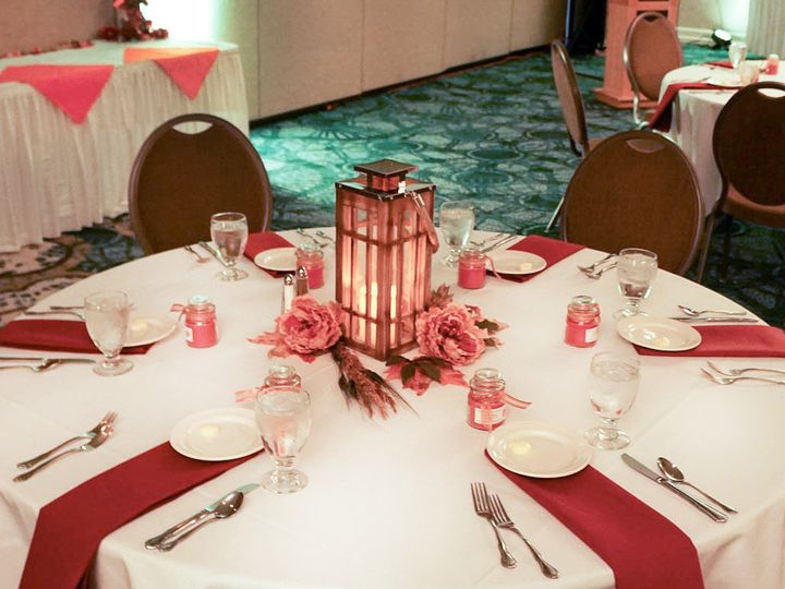 Tmx 1488393490477 Table Strongsville, OH wedding venue