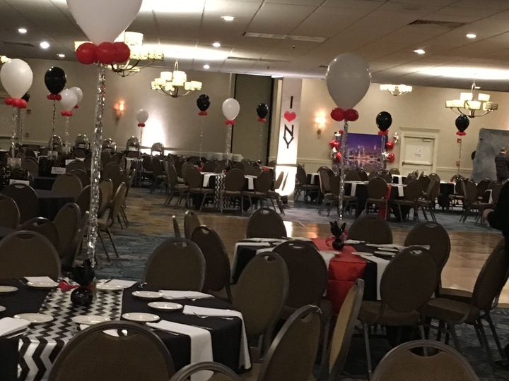 Tmx 1530287394 336a7a2eaa87bcf0 1530287392 5e5cbfef8755904b 1530287328944 1 NY Theme Dinner Da Strongsville, OH wedding venue