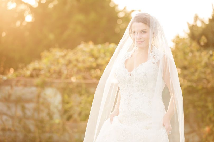 Bride in golden light - Jamerlyn Brown Photography