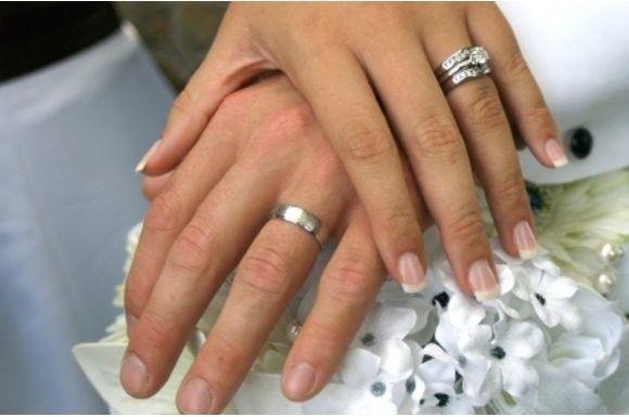weddingrings 179145304