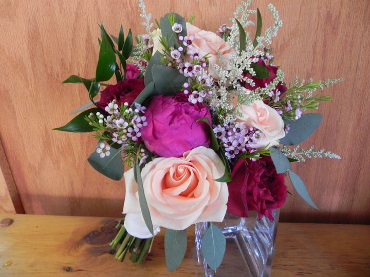 Tmx 1530899859 96510ccbe1943453 1530899856 798e0ff35bbf036a 1530899853313 1 6 20 18 008 Perry Hall, MD wedding florist