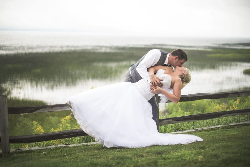 Lake Michigan makes the perfect backdrop in our front lawn.Photo by: Rockhill Studios
