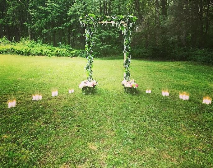 Outdoor altar design