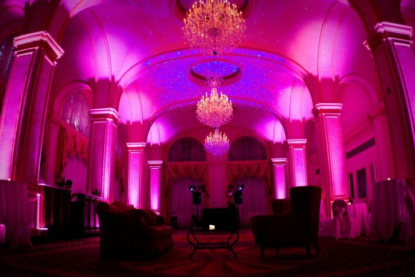 Uplighting - pink