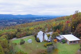 Mountain Willow Manor