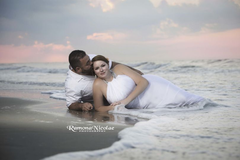 myrtle beach wedding photographer couple in the oc