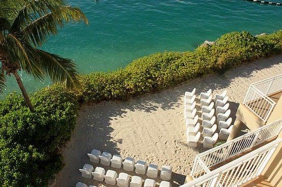 setting up beach