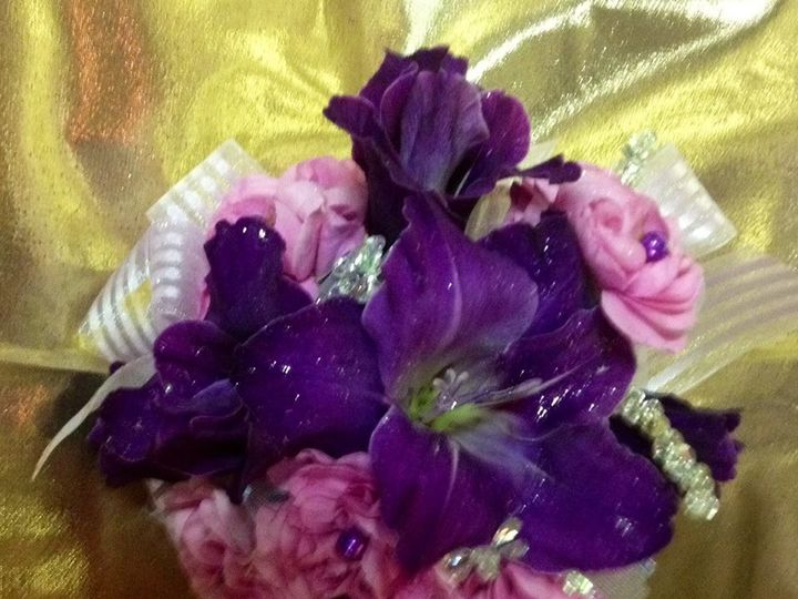 Tmx 1501462838606 1394262213585842148219876816109n Seattle, Washington wedding florist