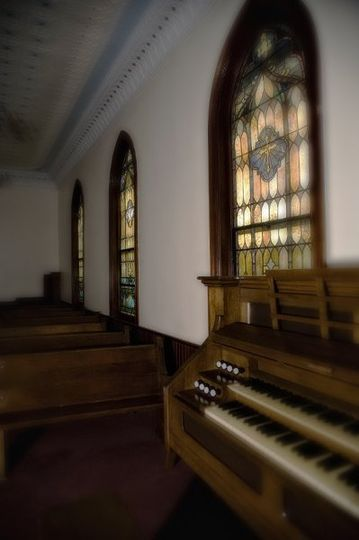 Antique Pipe Organ.  We provide organist to serenade your guests and play the wedding march as you...