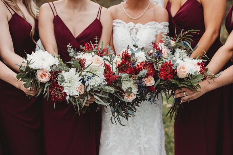 A fall Burgundy Wedding