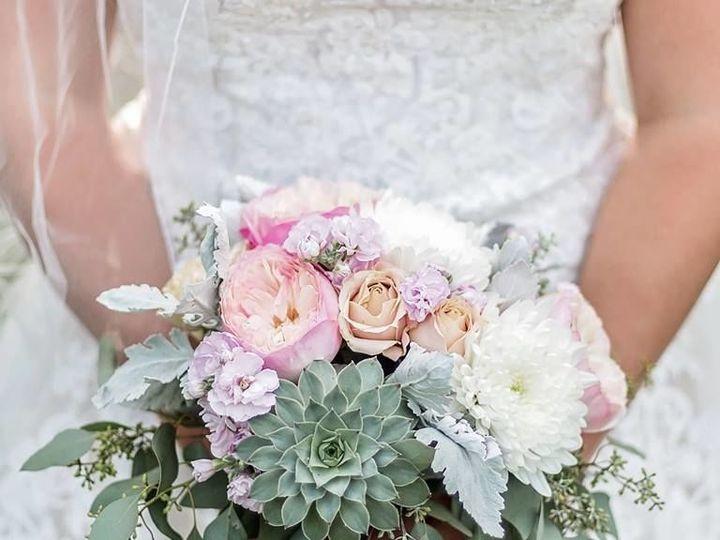 Tmx 1536695802 36b0828962b7ba8e 1536695801 34f378bd047d0445 1536695799011 14 39814331 19719187 Dryden, New York wedding florist