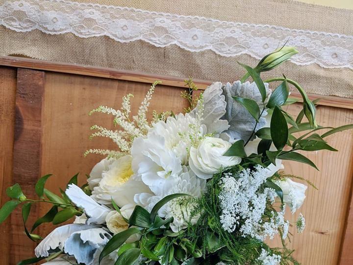 Tmx 1536695803 51abae7e462b4eaf 1536695801 C206973084a00885 1536695799013 16 40139478 11657727 Dryden, New York wedding florist