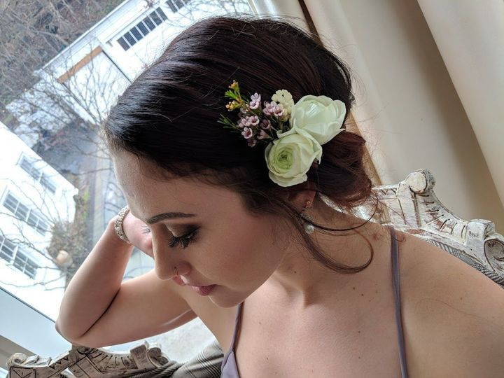 Tmx 1536695805 5795aa62732eb2bb 1536695804 B833eb98080d8070 1536695799023 22 IMG 20180429 1346 Dryden, New York wedding florist