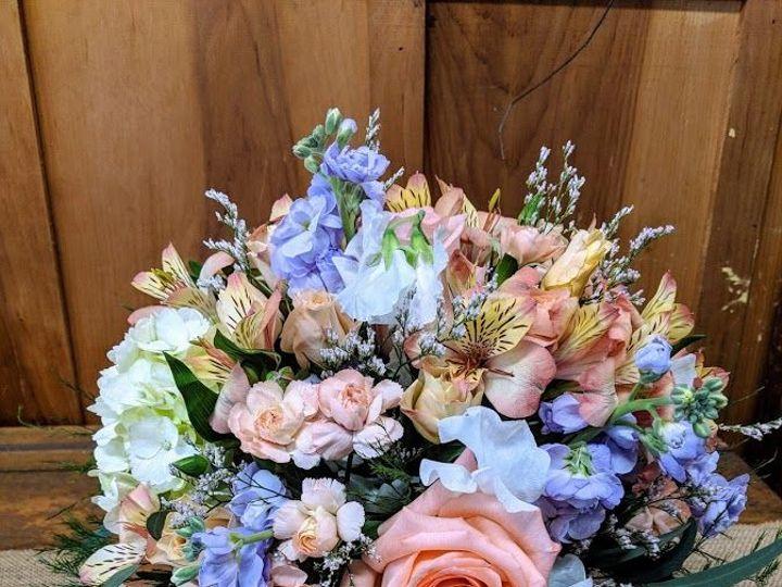 Tmx 1536695806 Ae9ea1f27d2ac744 1536695805 0d86fa1a39fd4d0e 1536695799026 26 IMG 20180531 1119 Dryden, New York wedding florist