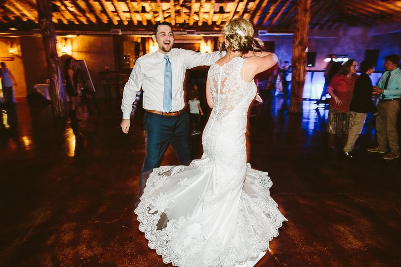 28e03a368e7a8aec Bride Twirl