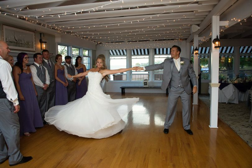 Newlywed first dance
