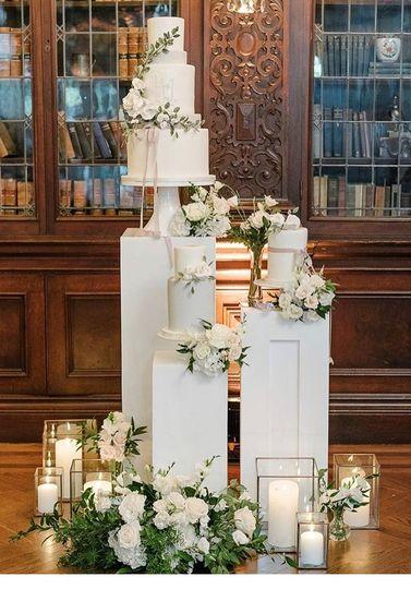 Cake area decor