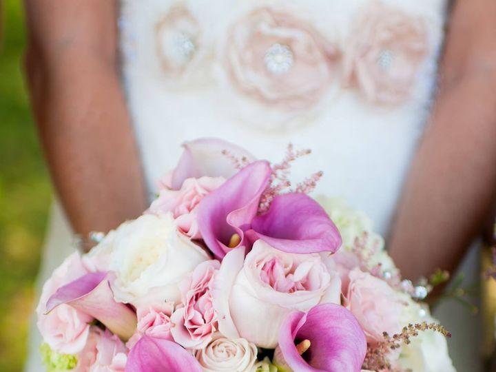 Tmx 1461722336861 Pink Bouquet Clear New Narragansett, Rhode Island wedding florist