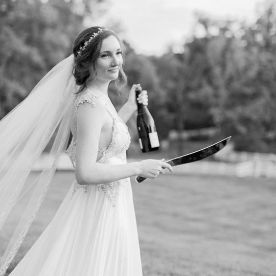 wedding champagne sabering 51 1888471 1573081179