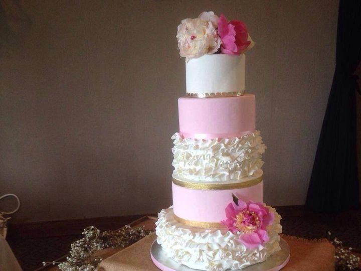Tmx 1418859195482 10353703101521869981806842832730418808352404n Snohomish wedding cake