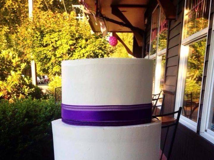 Tmx 1418859229201 10625080101522971322056841477850369719530039n Snohomish wedding cake