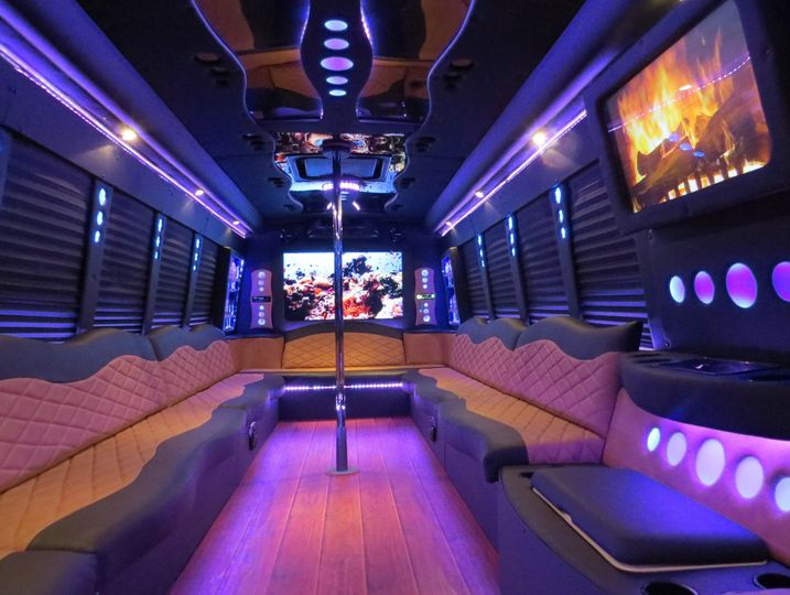 The *Grizzly* Party bus! Great for big groups.