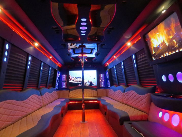 The Grizzly party bus!!