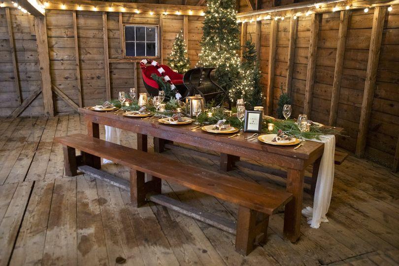 Barn Holiday Table