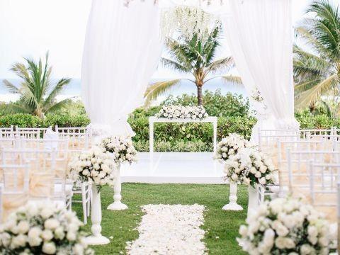 Tmx Grand Hyatt Bali P388 Wedding Aisle Adapt 4x3 480 360 51 1891571 1571210989 Lahaina, HI wedding planner
