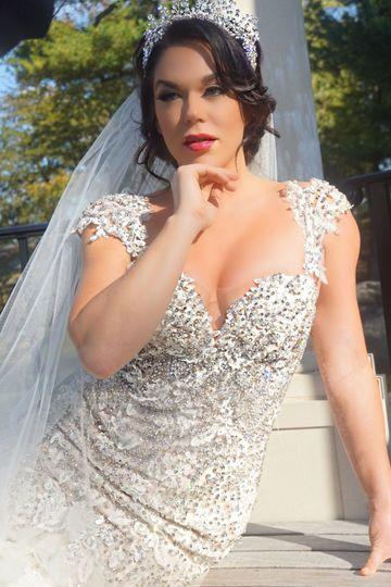 7b3b538644bbb923 1530651110 8c12cf0a8467bcc8 1530651115467 5 bride 10