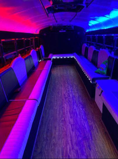 Tuxedo Bus 30 seater