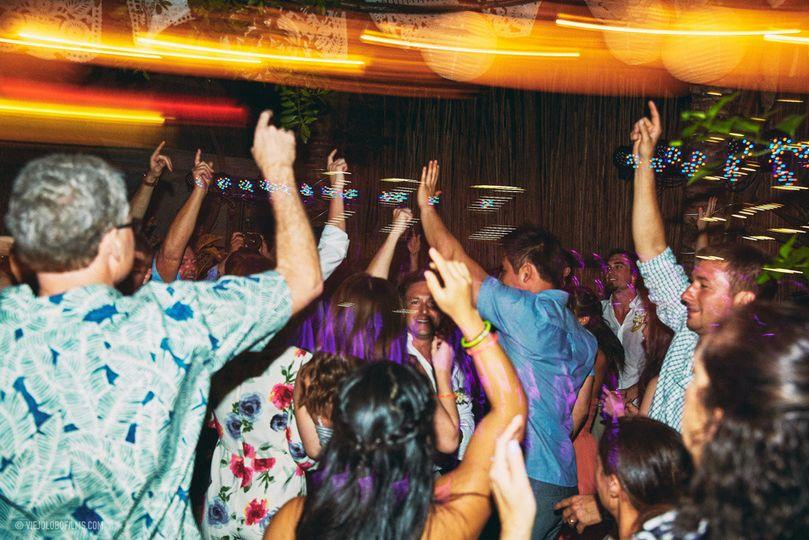 uno 24 party djs