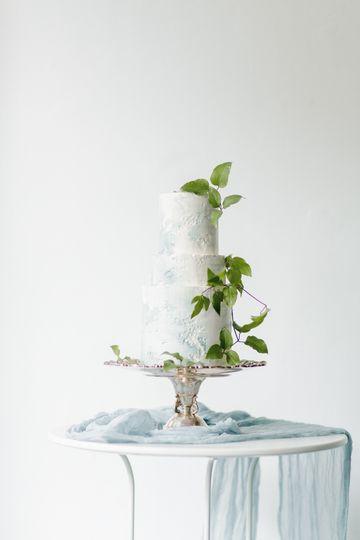 Wedding cake by saltadena